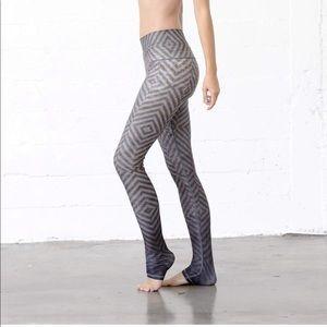 lululemon athletica Pants - Niyama Sol mystic endless leggings small